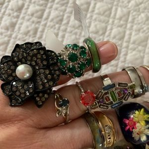 Jewelry - 21 RINGS for $20 👍 Fun mix ring lot Mood ring NEW